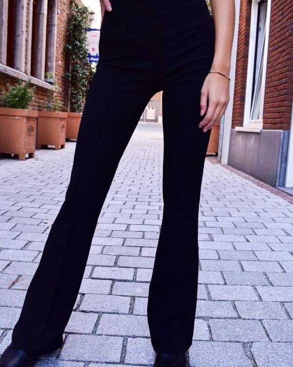 Zwarte flared broek