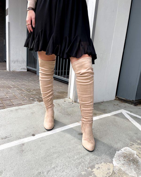 wintermode-2021-hoge-laarzen